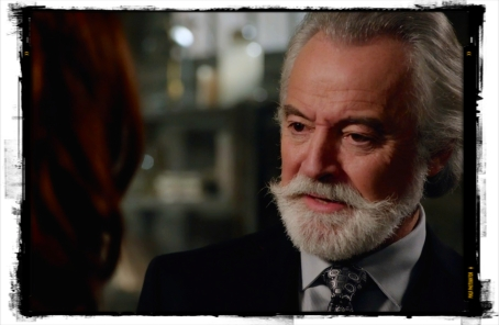 Guthrie's not falling for Rowena's tricks, Santa wasn't born yesterday