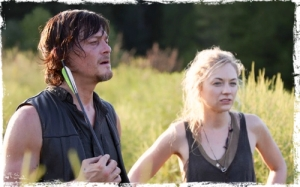 Daryl Beth The Walking Dead Still p
