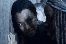 pencil Sasha Michonne at door Them The Walking Dead
