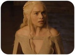 Daenarys stares at Dragons Game of Thrones The Wars to Come