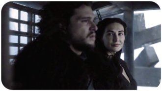 Melisandre makes the ride up to the wall uncomfortable for Jon Snow