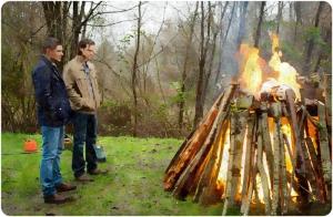 Dean Sam watch pyre Supernatural The Prisoner