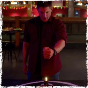 Dean blood hand Supernatural Brother's Keeper