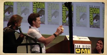 Comic Con 2015 Supernatural Speight Benedict Padalecki Hamster