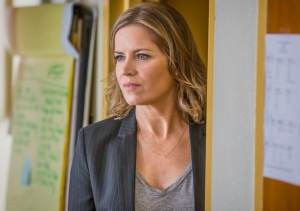 Madison Clark (Kim Dickens) in Episode 1 Pilot. Photo by Justin Lubin/AMC
