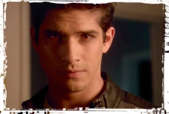 Scott red eyes light Teen Wolf Ouroboros