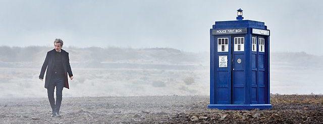 TARDIS Doctor Who Magician's Apprentice narrow