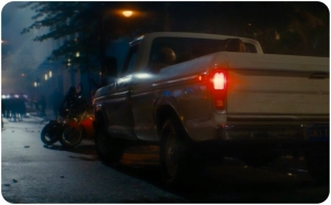 Downtown truck Fear the Walking Dead The Dog
