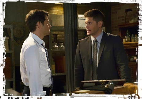 Casifer Dean touch Supernatural Into the Mystic