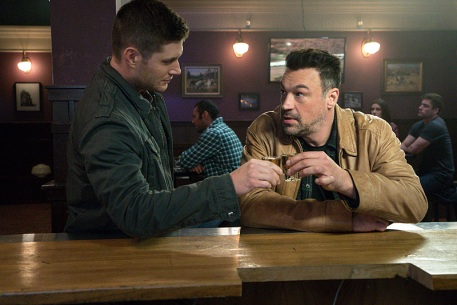 """Supernatural -- """"Beyond The Mat"""" -- Image SN1115a_0276.jpg -- Pictured (L-R): Jensen Ackles as Dean and Aleks Paunovic as Gunnar Lawless -- Photo: Liane Hentscher/The CW -- © 2016 The CW Network, LLC. All Rights Reserved."""