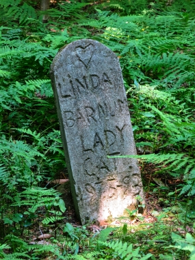 Lily Dale Pet Cemetery Lady Cat