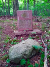 Lily Dale Pet Cemetery Tuffy