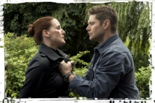 bmol-dean-grabs-supernatural-keep-calm-and-carry-on