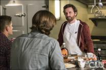 chuck-breakfast-supernatural-we-happy-few