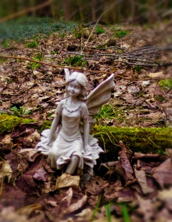 lily-dale-fairy-trail-3-white-fairy-1