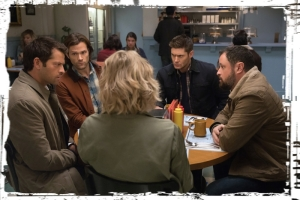 diner-scene-supernatural-stuck-in-the-middle