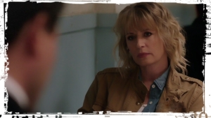 mary-winchester-supernatural-stuck-in-the-middle