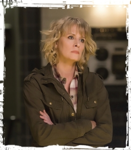 mary-winchester-supernatural-the-raid