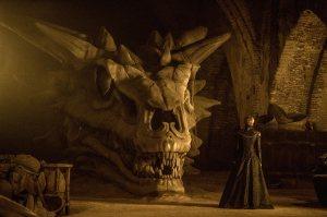Cersie dragon skull Game of Thrones Stormborn