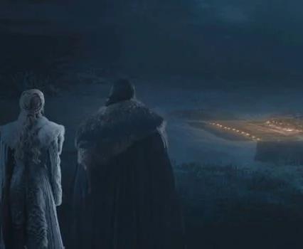 Daenerys Targaryen (Emilia Clarke) and Jon Snow (Kit Harington) watch Winterfell from afar
