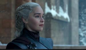 Daenerys crowd Game of Thrones The Iron Throne
