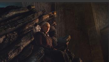 The Dragon Queen Daenerys Targaryen
