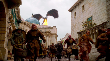 Drogon terrorizing King's Landing