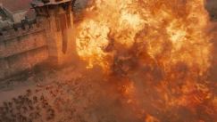 Drogon demolishing the Golden Company